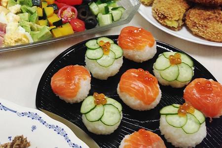 今年は手まり寿司