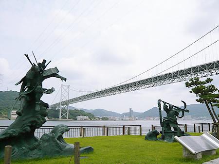 みもすそ川公園から関門橋