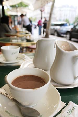 カフェ・ドゥ・フロールのショコラショー