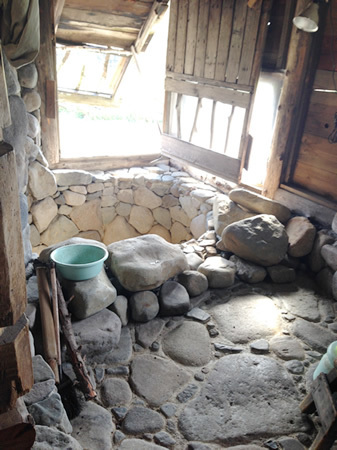 五郎の石の家のお風呂