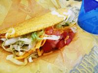 最後までしっかり食事!Taco Bellのタコス
