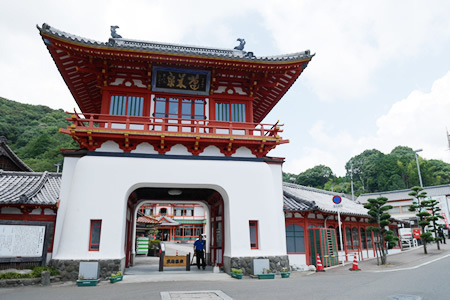 武雄温泉の楼門