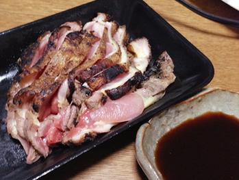 川部精肉店の鶏のタタキ
