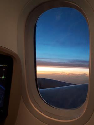 飛行機の中から見た朝焼け